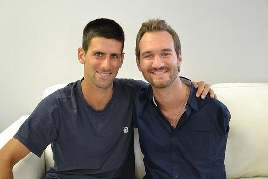 Теннисист Новак Джокович и Ник Вуйчич