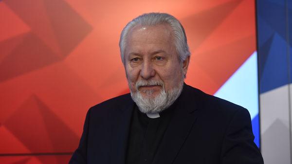 Епископ Сергей Ряховский: Президент прав, традиционная семья должна быть в Конституции РФ